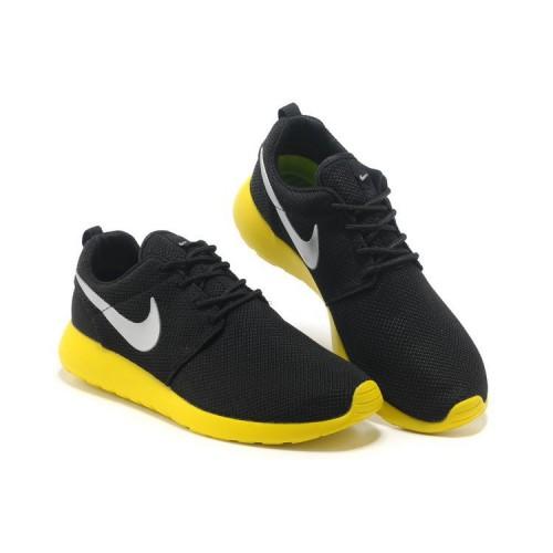 Chaussure Jaune Et Noir Nike CedoxB